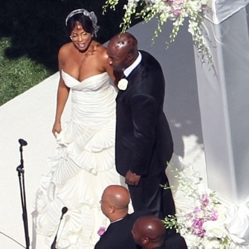 PICS & DEETS: Niecy Nash's Malibu Vineyard Wedding! | The ...