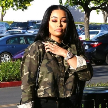 BREAKING: Blac Chyna REAR ENDED, Put In Ambulance After Car Crash [PICS & VIDEO]