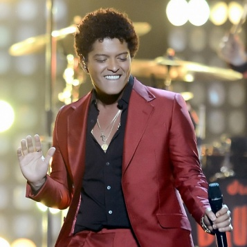 2013 BILLBOARD AWARDS PERFORMANCES: Bruno Mars ...