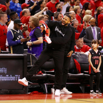 NBA Commissioner Adam Silver Had A Talk With Drake About His Courtside Antics + Klay Thompson Is Skipping Drizzy's Emo Songs During Finals