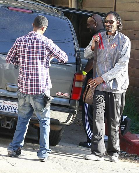 Snoop Has A Murse?
