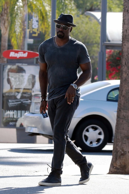 Luke Cage Does Errands