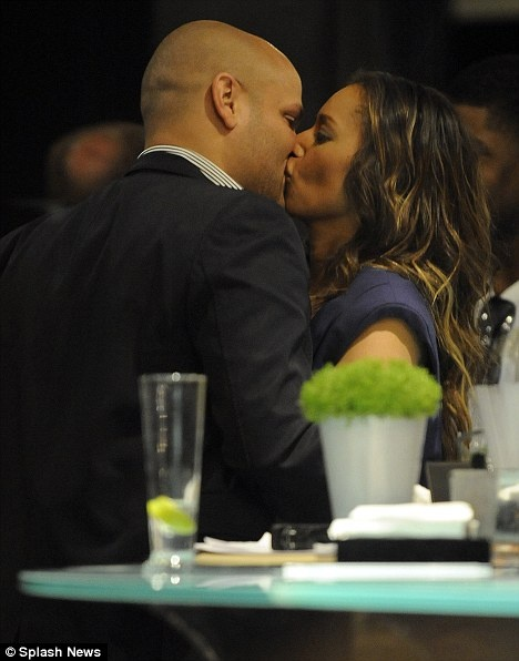 mel_b_husband_kiss.jpg