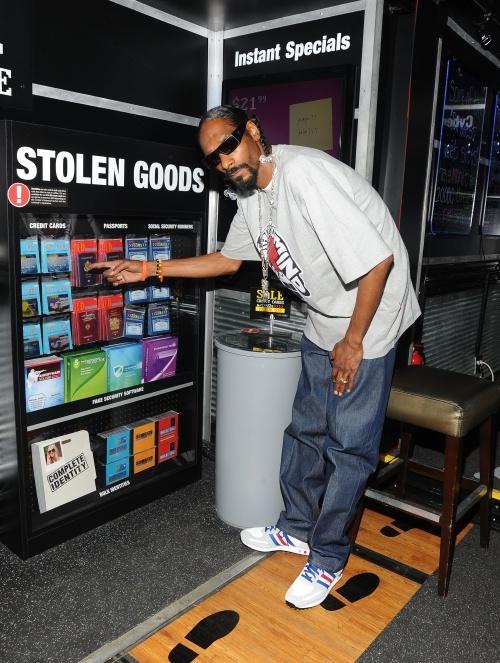 Snoop Dog Does Bryant Park!