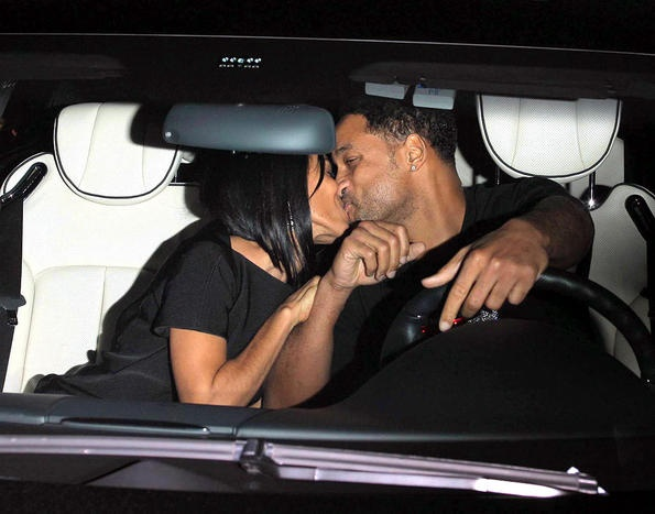 will_jada_kiss.jpg