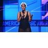2017americanmusicawardsshowquhd8-l7xcgl.jpg