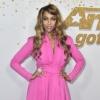 Host Tyra Banks