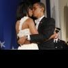 michelle_barack_kiss.jpg
