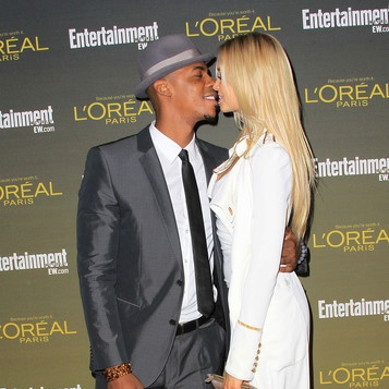 Mehcad Brooks His Newest Blonde Model Chick Kiss It Up At The Ew Pre Emmy Party The Young Black And Fabulous