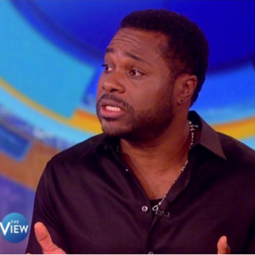 """Malcolm-Jamal Warner Gets Emotional Discussing Legacy And """"Cosby Show"""" Ebony Cover + Ann Coulter Shuts Raven Symone Down, Leaving Her Speechless On """"The View"""""""