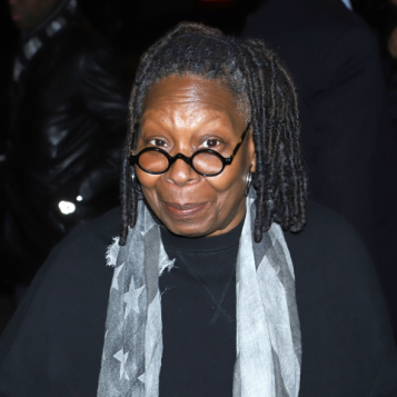 Whoopi Goldberg tried to make pasta with garlic and the