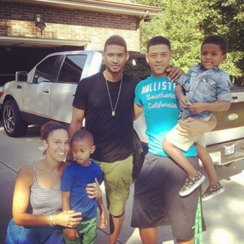 Usher & Sons Spend Family Time With Girlfriend Grace ...